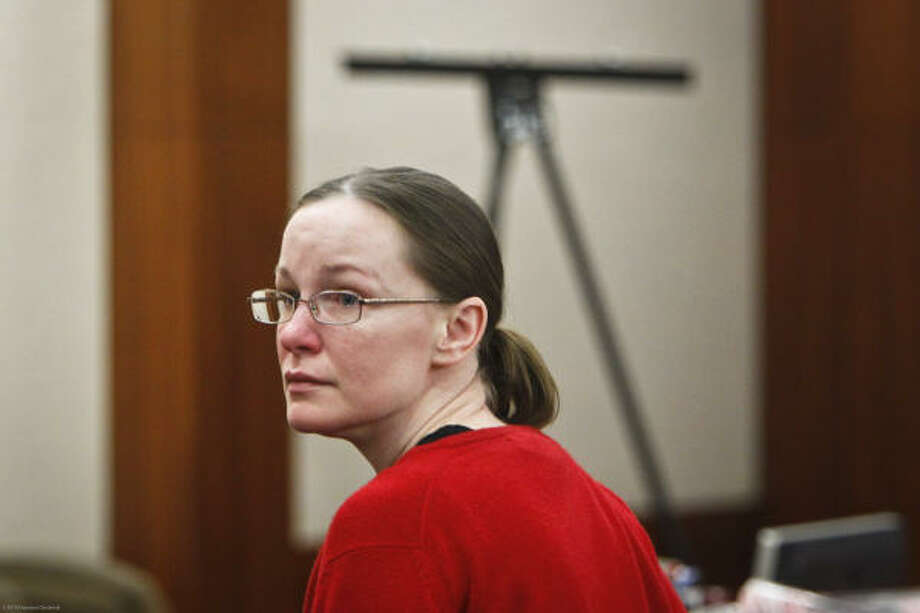 Susan Wright listens to closing arguments during her resentencing hearing in November 2010.  Photo: Michael Paulsen, Houston Chronicle