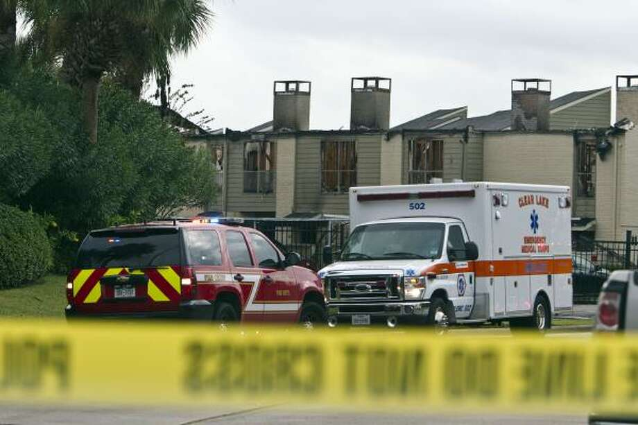 A fire killed two children at Skylar Pointe Apartments in the Clear Lake area. Photo: James Nielsen, Houston Chronicle