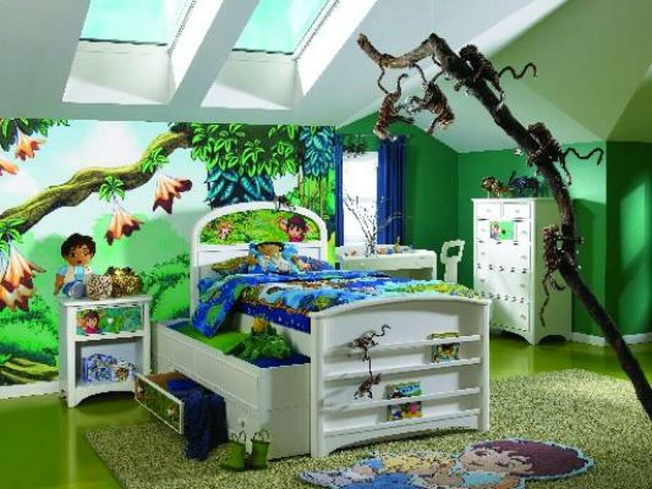 Lea Furniture's Nickelodeon Rooms Collection includes the elements to create an entire environment. It's available at Star Furniture Stores. Photo: Nickelodeon Rooms By Lea