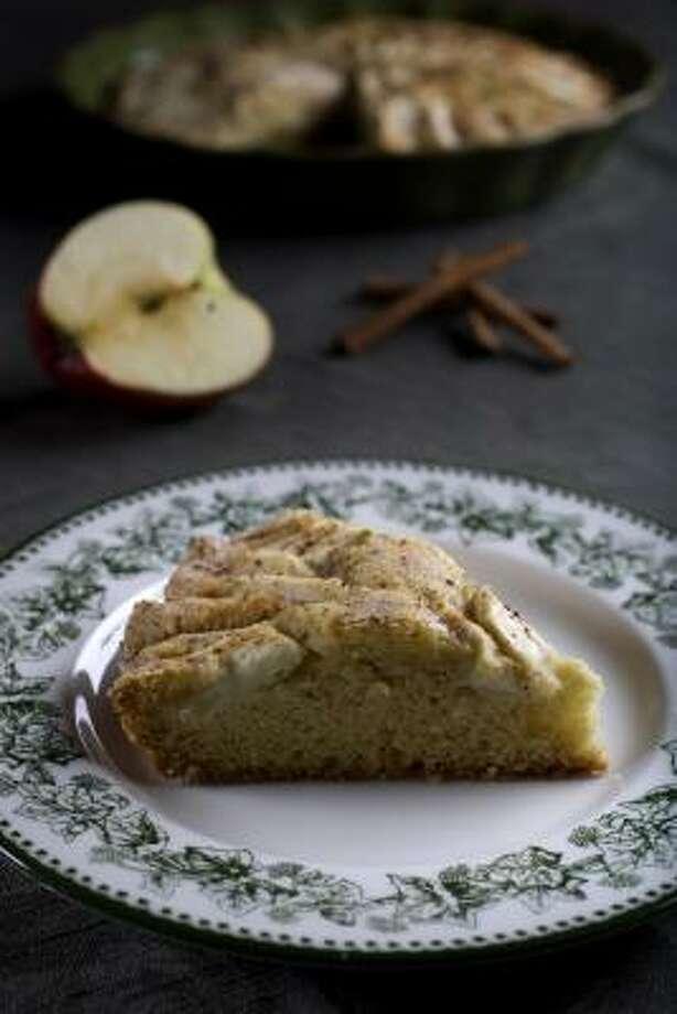 Apple Cake Photo: Johnny Hanson :, Chronicle