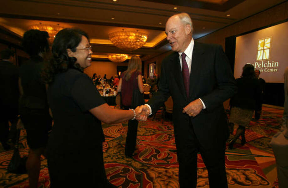 Bob McNair greets guests before he and his wife, Janice, were awarded with the Kezia DePelchin Award. Photo: Karen Warren, Chronicle