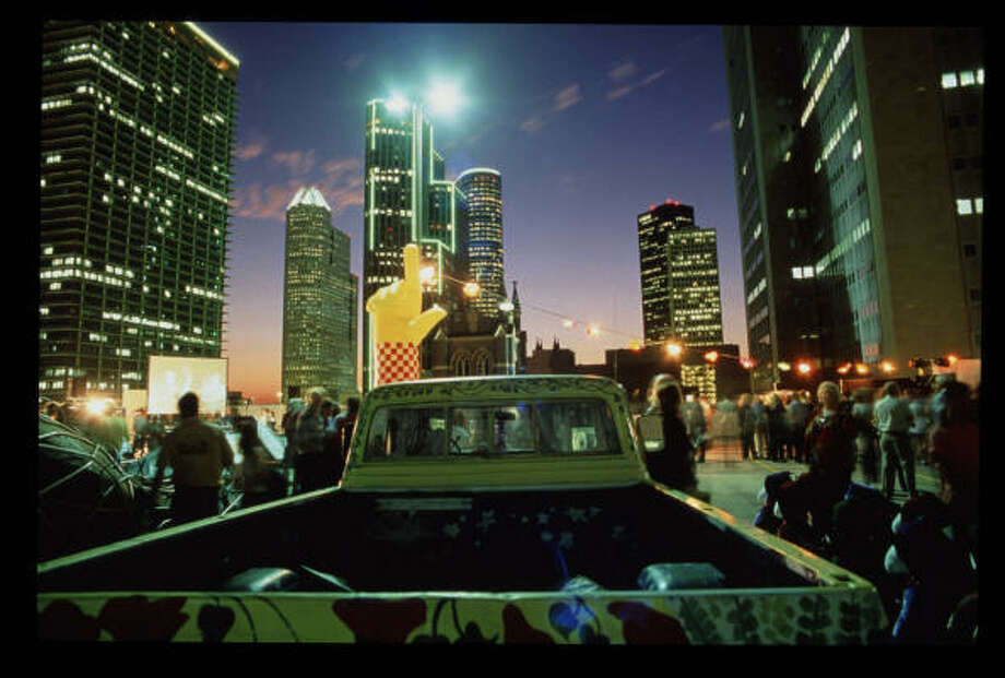 In the early days, the Art Car Ball blew Houston's mind. The Orange Show is bringing back the flash for 2010. Photo: Phil Taplin