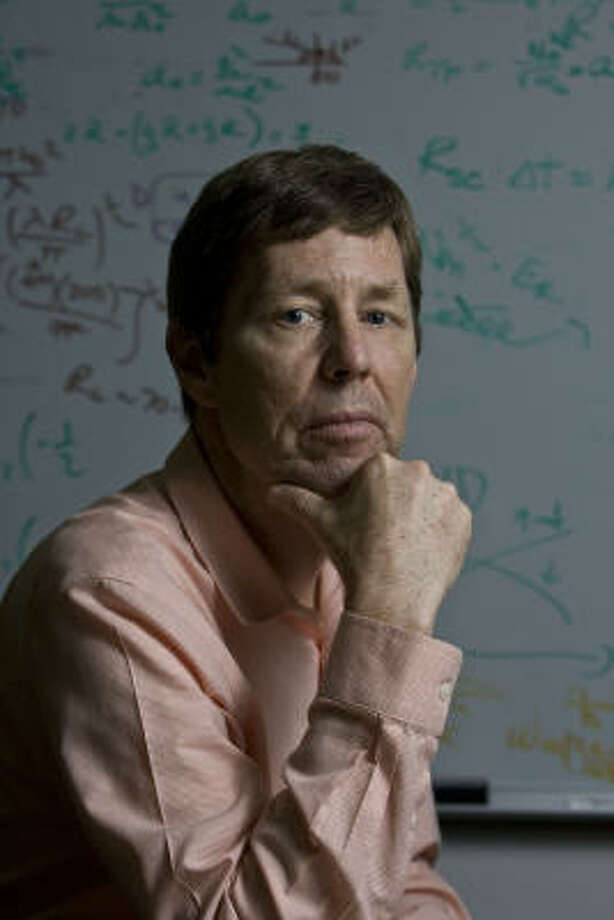 Rice University physicist Randy Hulet helped organize the national meeting here for atomic physicists. Photo: James Nielsen, Chronicle