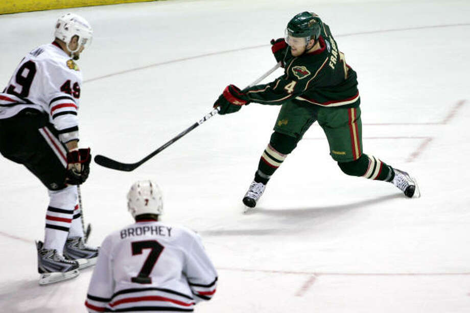 Jamie Fraser, right, scored the Aeros' lone goal in their 5-1 loss to Rockford on Friday. Photo: Chris Jerina