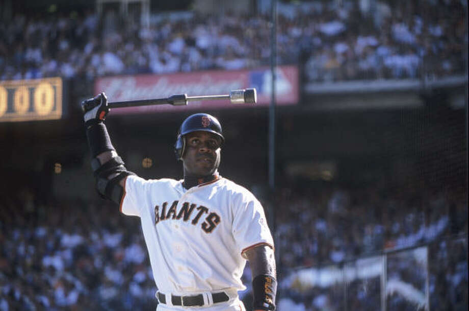 The steroid controversy surrounding Barry Bonds plays a key role in The Tenth Inning. Photo: Heinz Kluetmeier, Sports Illustrated