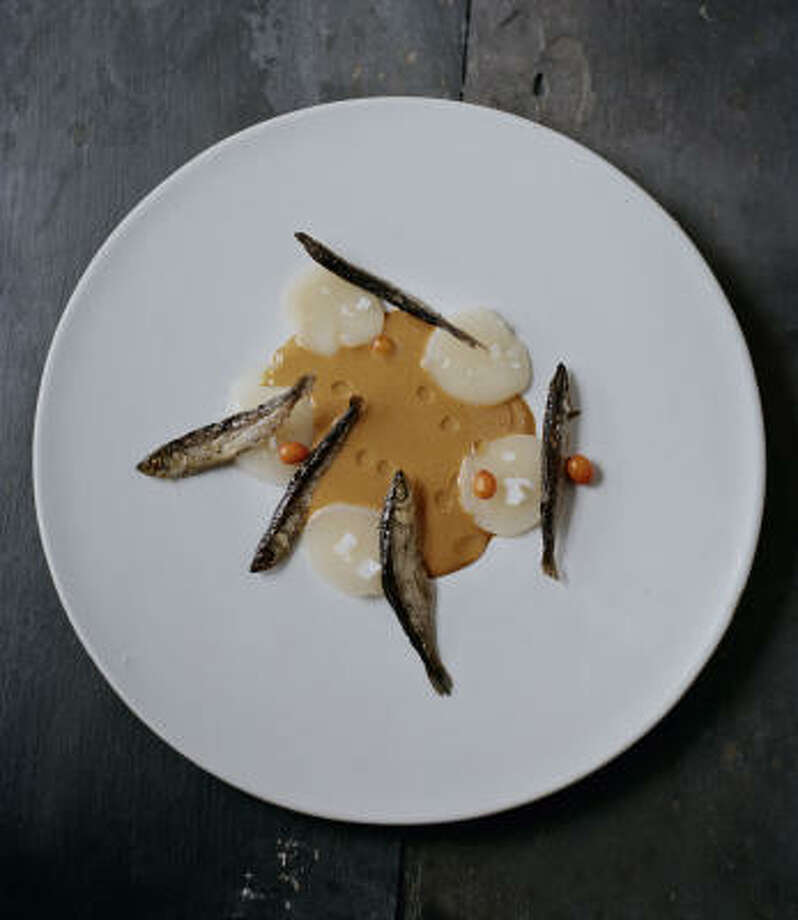 Scallops and Sea Urchins, Sea Buckthorn and Muikko Photo: PHAIDON PRESS PHOTOS
