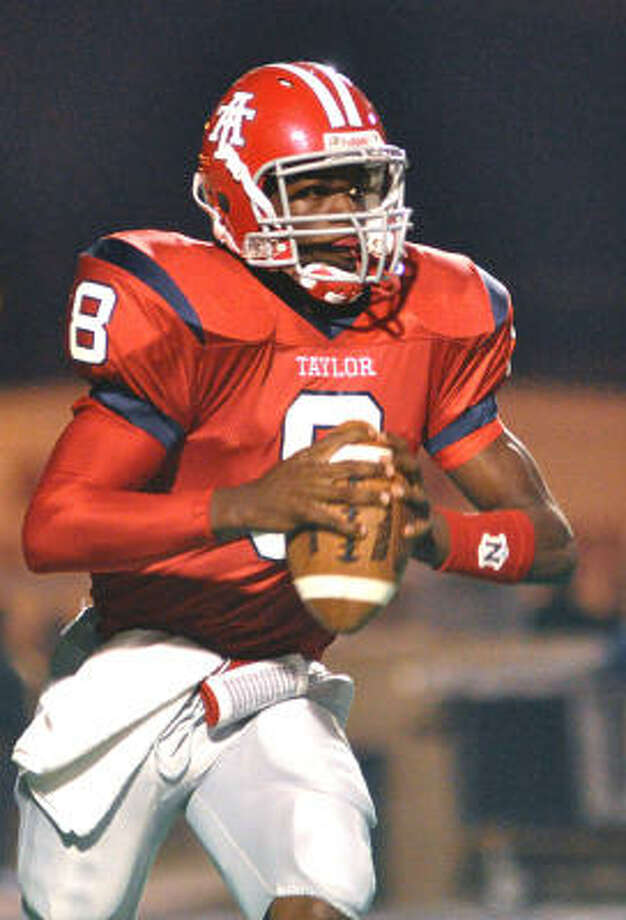 Alief Taylor quarterback Jordan Are' is being recruited by Ivy League schools Harvard, Dartmouth and Columbia. Photo: Ernie Chan, For The Chronicle