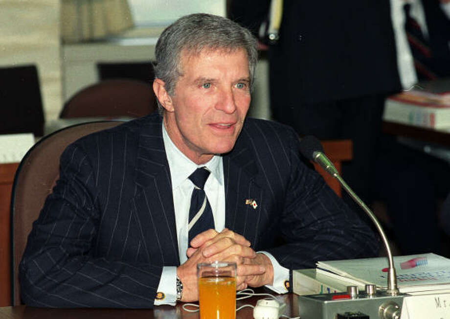 Houstonian Robert Mosbacher was U.S. commerce secretary under President George H.W. Bush. Photo: Naokazu Oinuma, Associated Press