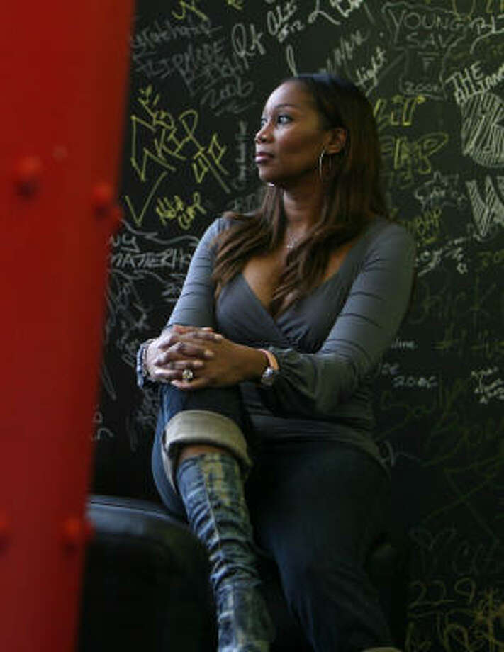Houston gospel singer Yolanda Adams says that in her life, the power of love is the strongest of the Points of Power she cites in her book and on her radio show. Photo: Chronicle File