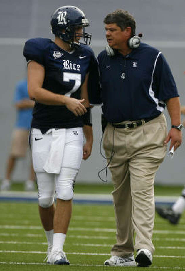 Rice head coach David Bailiff plans to stick with Nick Fanuzzi at QB for Saturday's game against Northwestern. Photo: Nick De La Torre, Houston Chronicle
