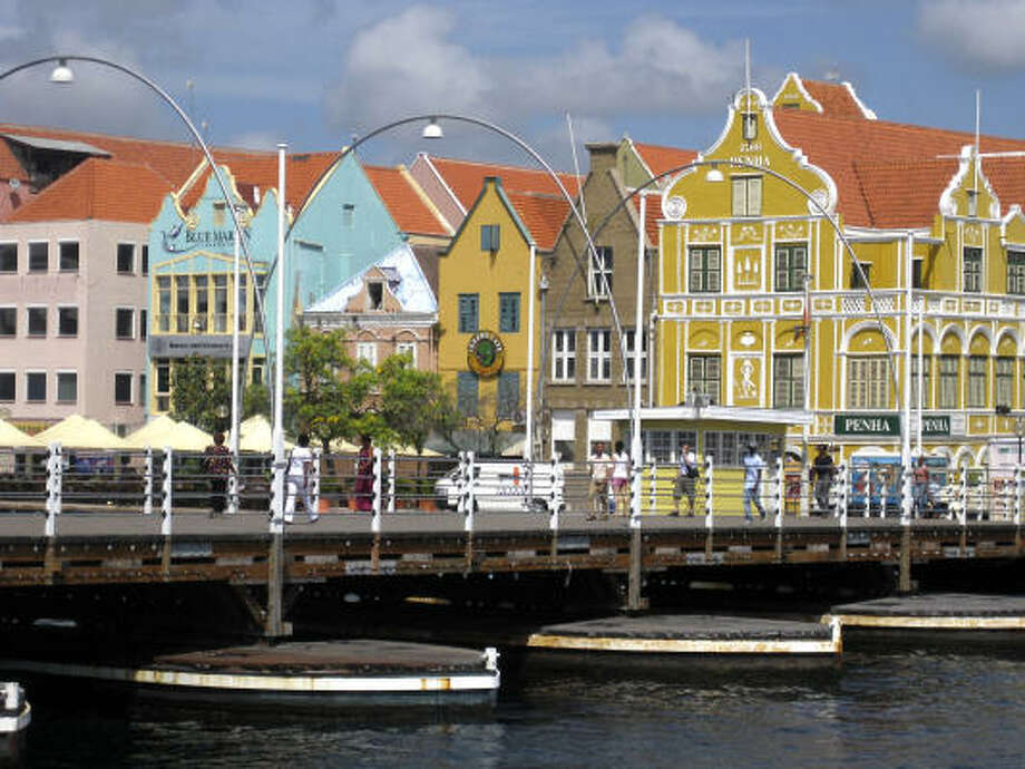 From mesmerizingly decorative buildings to lush coral reefs beneath sparkling turquoise waters, Curacao, a Dutch Caribbean island, has more than enough sights on land and under the sea to keep visitors restfully busy for a week. Photo: Brian Witte, Associated Press