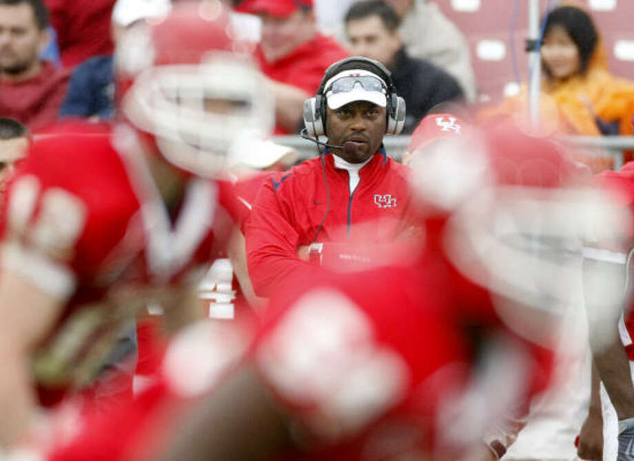Houston coach Kevin Sumlin's team will have two of their games featured on ESPN next fall. Photo: Nick De La Torre, Chronicle