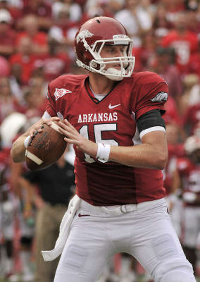 The A&M defense will face a tall task in Arkansas' 6-foot-6 quarterback Ryan Mallett today. Photo: April L Brown, AP