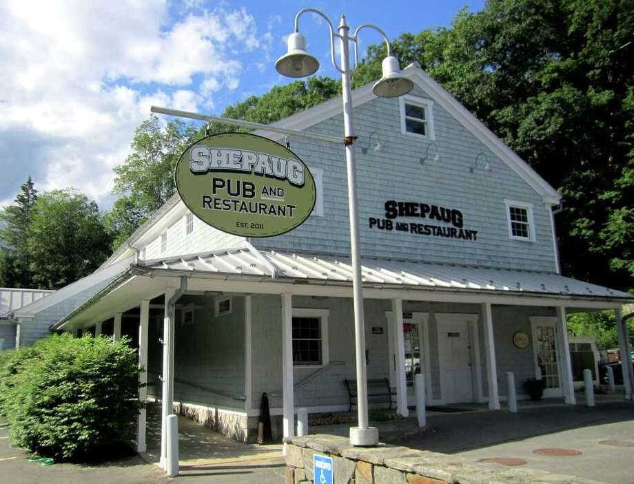 SPECTRUM/The Shepaug Pub and Restaurant is open for patrons along Bee Brook Road (Route 47) in Washington Depot. July 2011 Photo: Norm Cummings