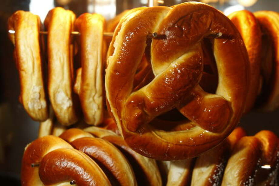 Soft pretzels are available with fondant. Photo: Melissa Phillip :, Chronicle