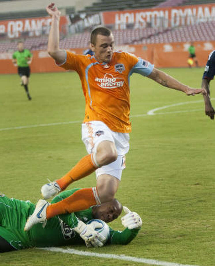 Cam Weaver and the Dynamo were unable to defend against Chiva USA's veteran offense. Photo: Brett Coomer, Chronicle