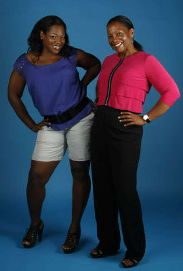 "Victoria Andrews, left, and her mother, Cherita Andrews, were featured on "" The Biggest Loser."" Photo: Julio Cortez, Chronicle"