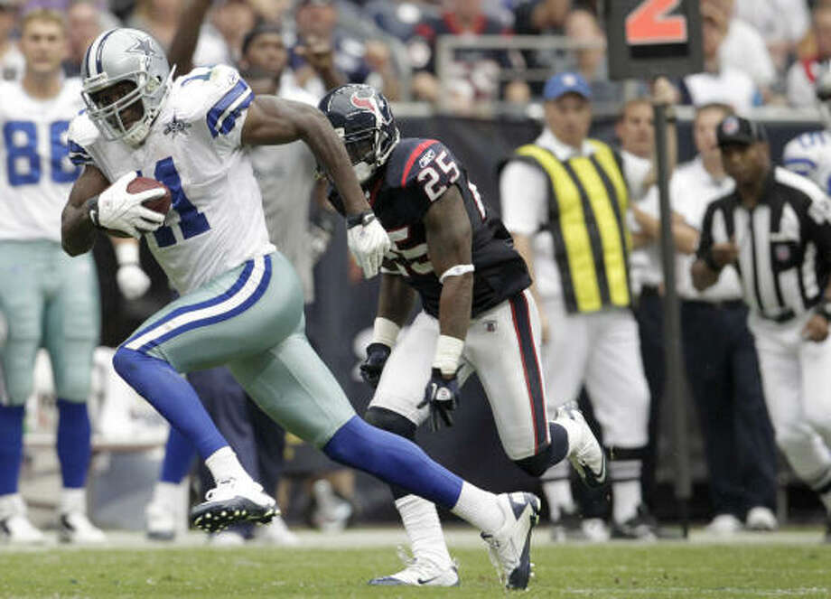 Rookie cornerback Kareem Jackson was burned by Cowboys receiver Roy Williams for a 63-yard touchdown. Photo: Karen Warren, Chronicle
