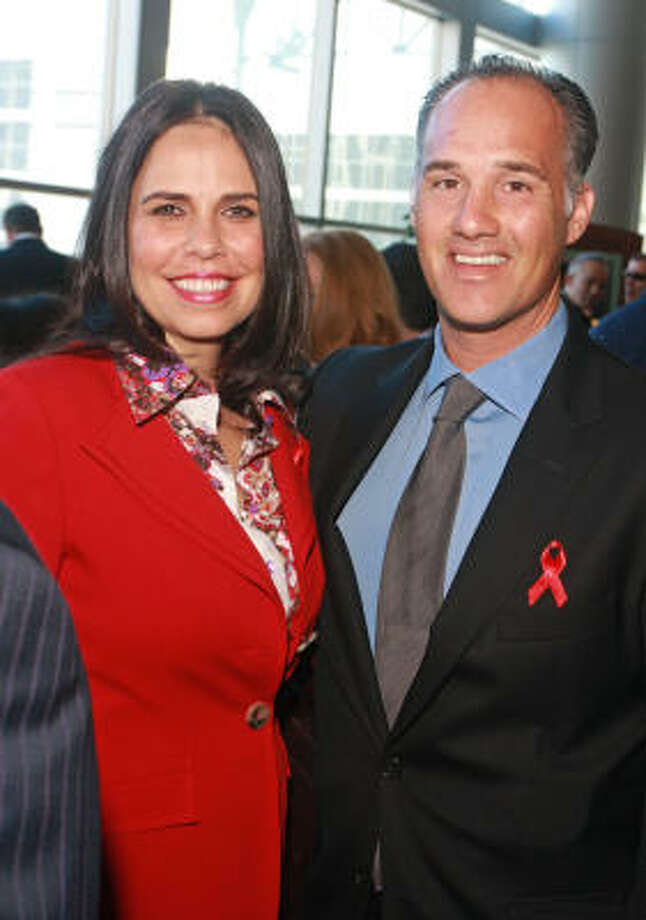 Laurie McRay and Meredith Cullen at the World Aids Day luncheon. Photo: Gary Fountain, For The Chronicle