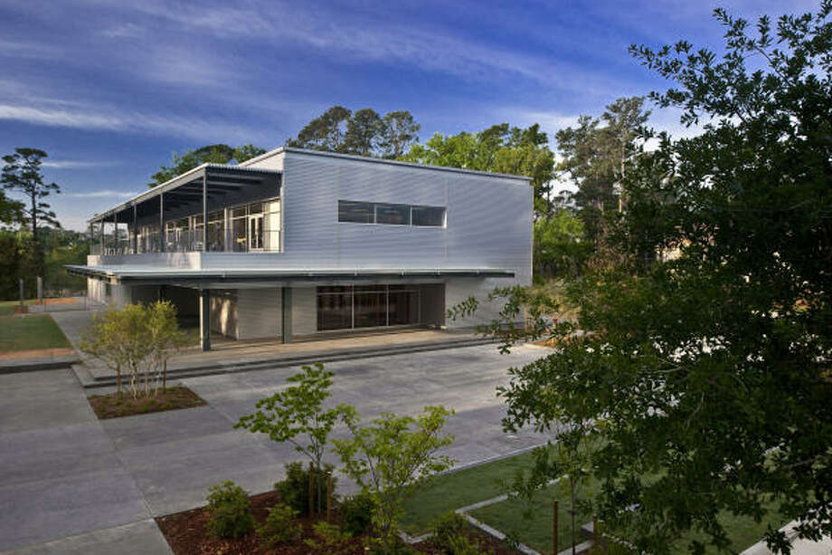The Lora Jean Kilroy Visitor and Education Center is LEED-Silver Certified. Photo: Robb Williamson