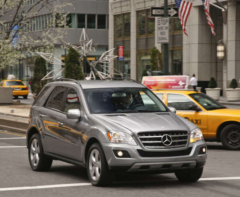 The 2010 Mercedes-Benz ML450 Hybrid delivers 335 total horsepower.