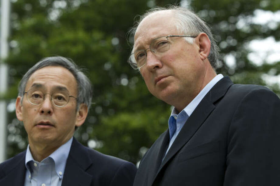 """Energy Secretary Steven Chu, left, and Interior Secretary Ken Salazar conduct a news conference Wednesday near BP offices in Houston. """"The best minds in the world have been brought here,"""" Salazar said about efforts to fight the oil leak in the Gulf. Photo: Brett Coomer:, Chronicle"""
