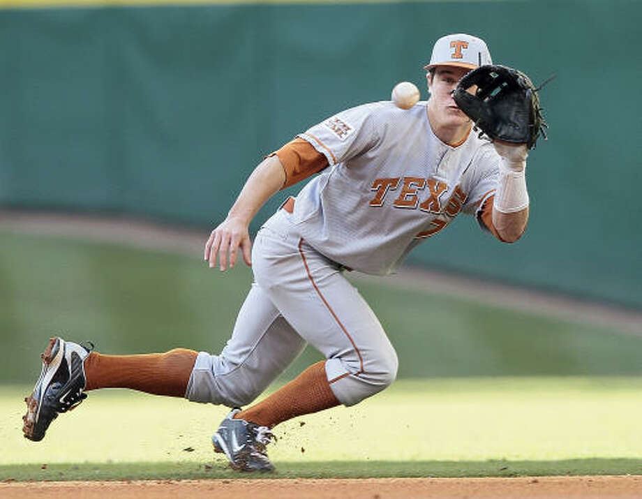 Texas second baseman Jordan Etier scored three runs and finished with three RBIs. Photo: Bob Levey, For The Chronicle
