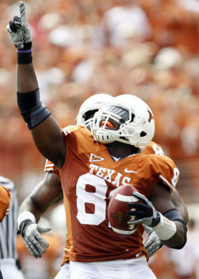 Sam Acho, a starter the past two seasons, is a two-time member of the Big 12 all-academic team. Photo: VERNON BRYANT, DALLAS MORNING NEWS