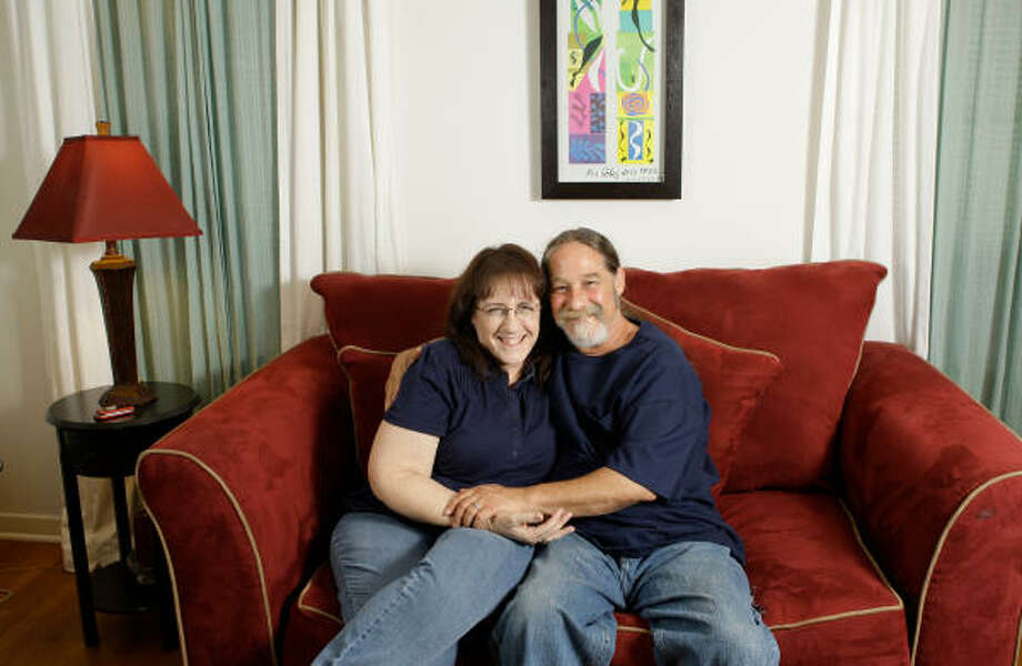 Val Mark and Mike Kemlinson were reunited and married 36 years after they met. Photo: MELISSA PHILLIP, CHRONICLE