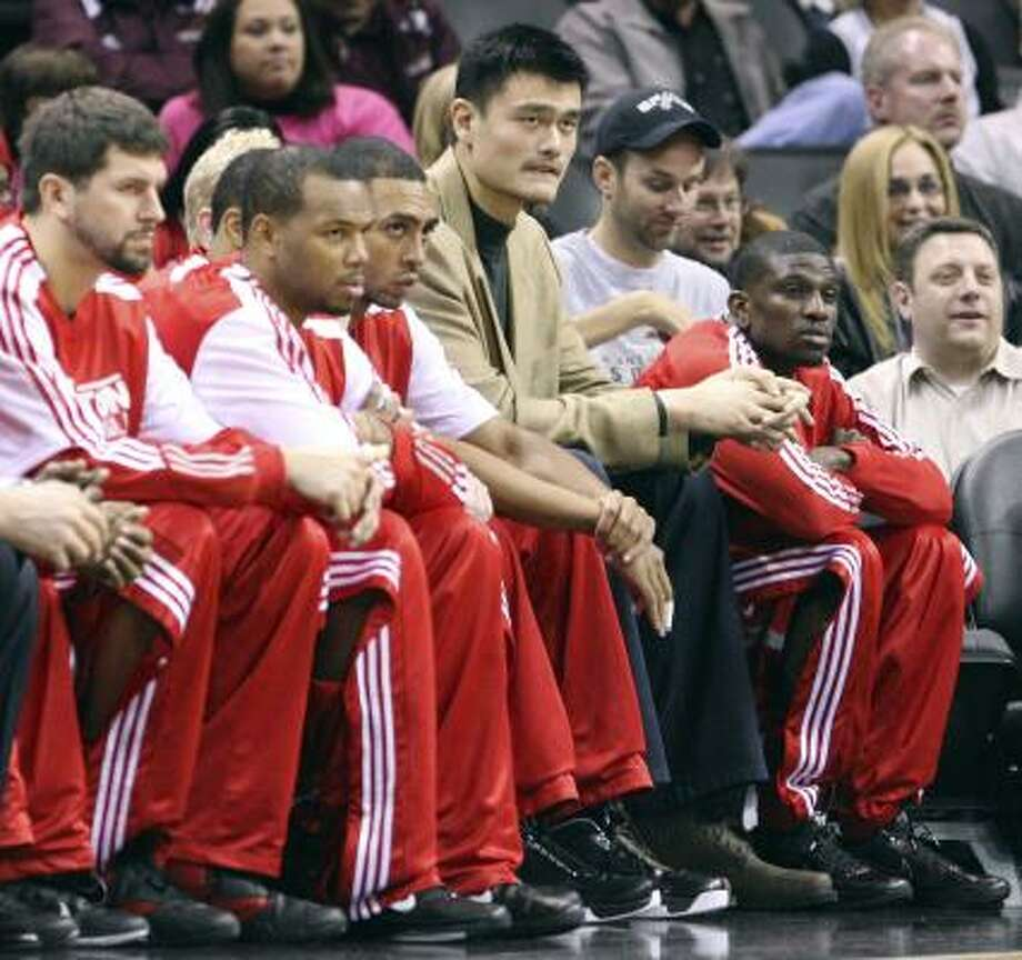 "Yao Ming says, ""I feel better. It still has some weakness. I'm just not ready to sit out for almost 20 games."" Photo: EDWARD A. ORNELAS, San Antonio Express-News"