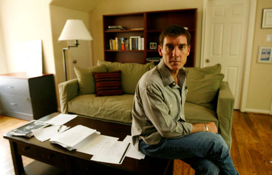 Three years ago, Justin Cronin, a Rice University creative writing professor, started a massive bidding war among book publishers and film studios with his unfinished manuscript about vampires born of a chilling medical experiment. Photo: Julio Cortez, Chronicle