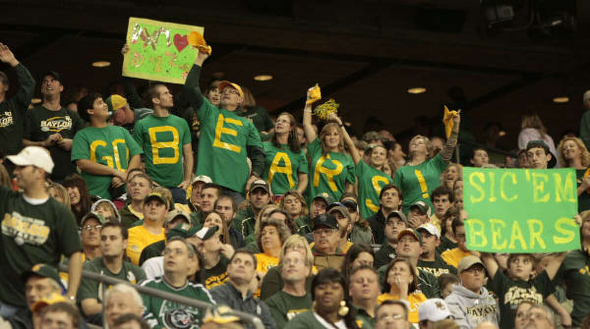Baylor fans showed their support at the Bears' first appearance in a bowl game since the 1994 Alamo Bowl.