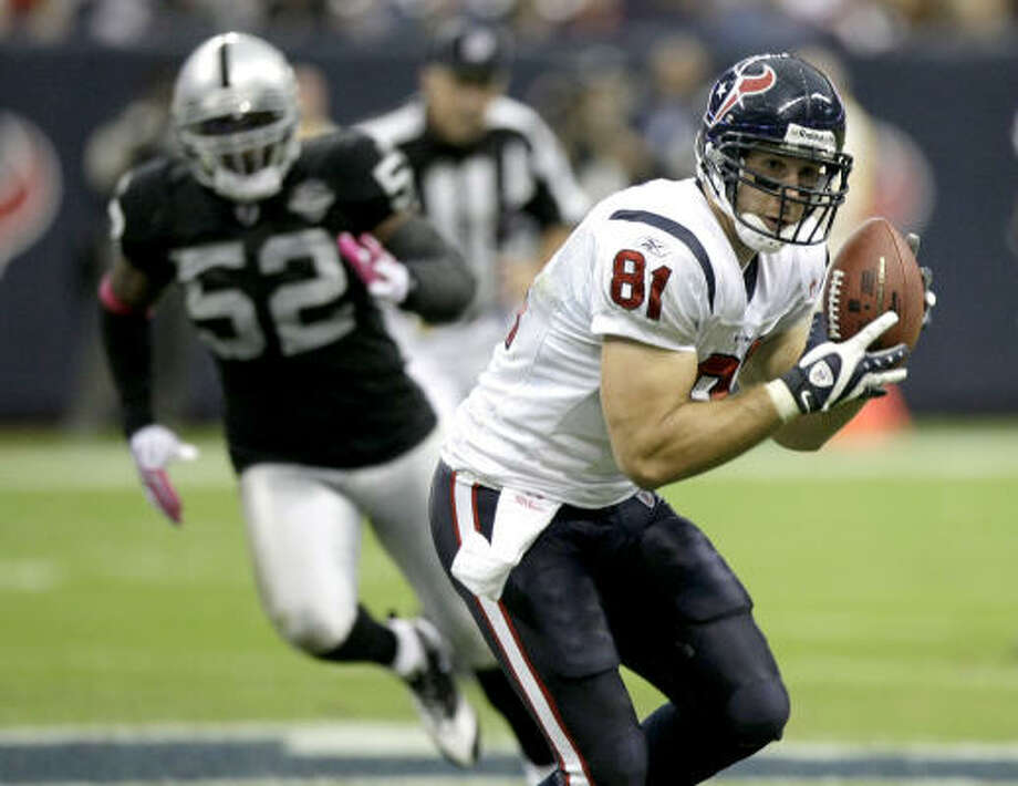 The Texans will count on Owen Daniels to lead a deep, talented group of tight ends. Photo: Brett Coomer, Chronicle