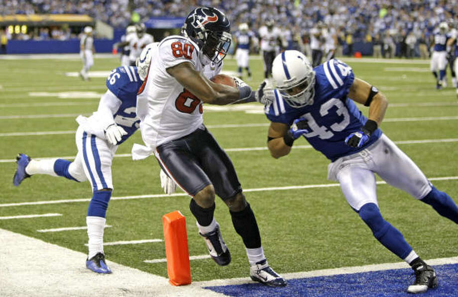 Texans wide receiver Andre Johnson had seven catches for 106 yards and a touchdown Monday night against the Colts. Photo: Brett Coomer, Chronicle