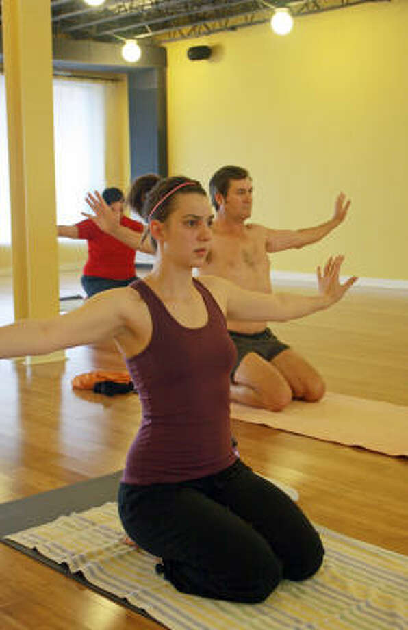 Hot Yoga Turns Up Workout Temperature Houston Chronicle