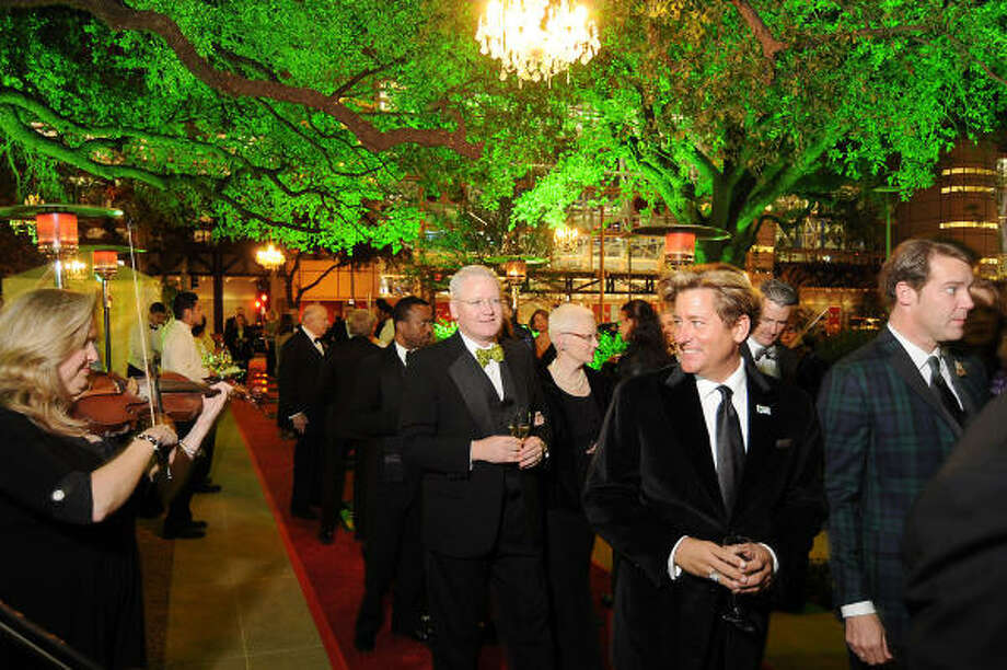 Scene at Gala on the Green benefiting the Discovery Green Conservancy Photo: Dave Rossman