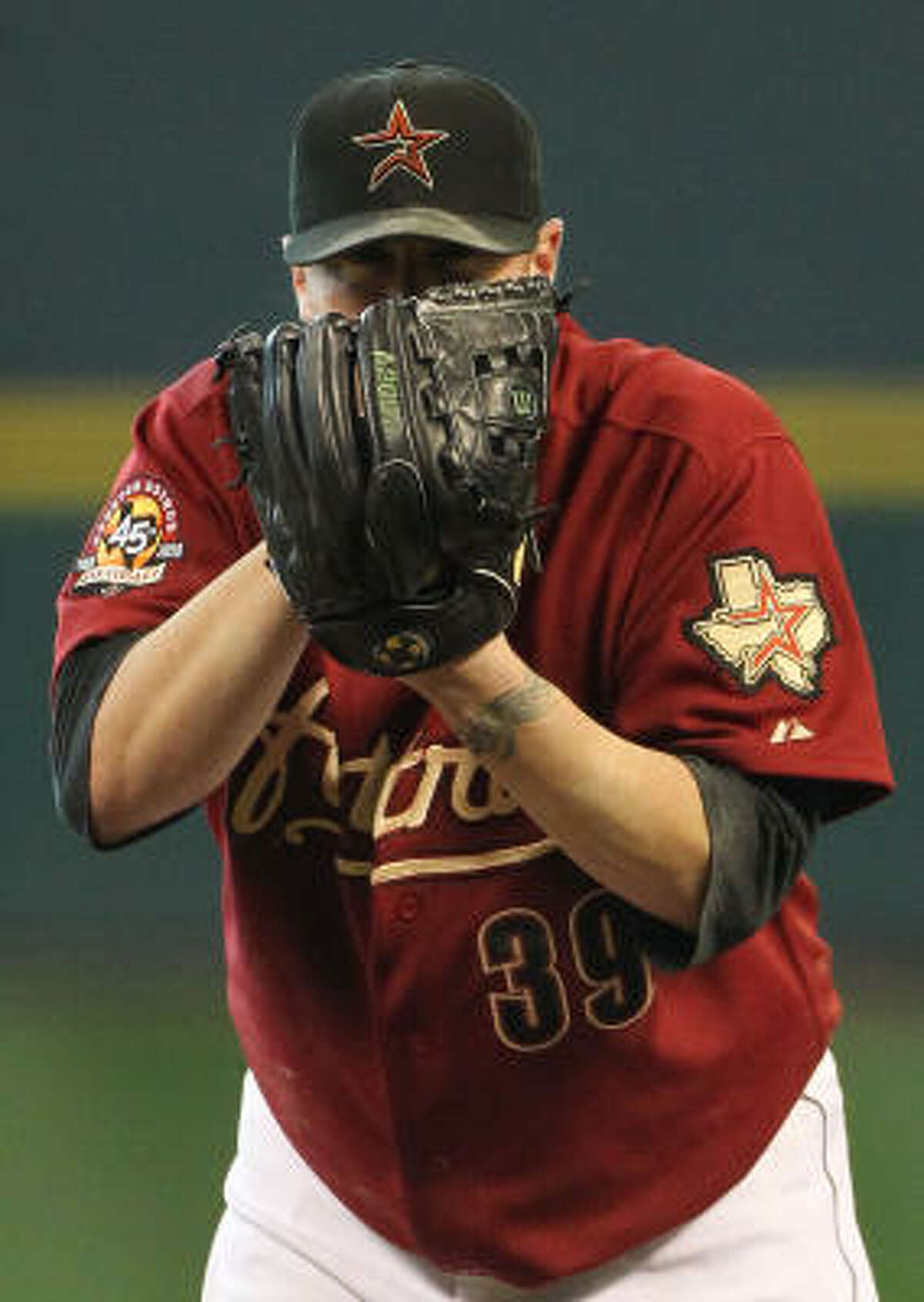 Astros starter Brett Myers continued his streak of lasting at least six innings.
