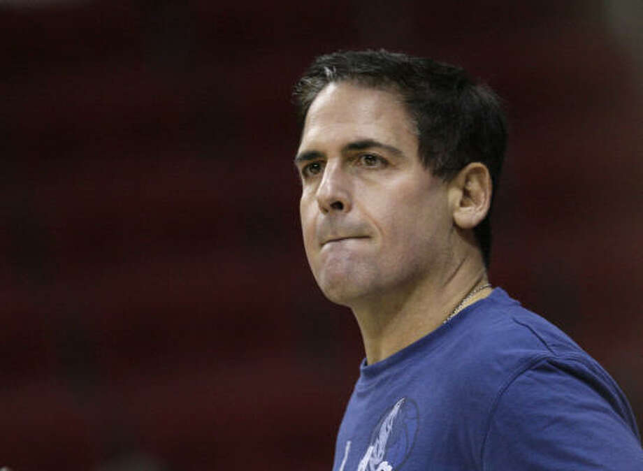 Dallas Mavericks owner Mark Cuban failed in an attempt to buy the Rangers but says he's not interested in the Astros. Photo: David J. Phillip, AP