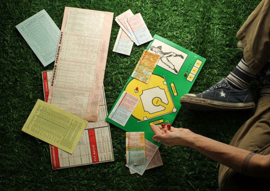 The Strat-o-Matic baseball game can consume many evenings and rainy weekends. Photo: Nick De La Torre, Chronicle