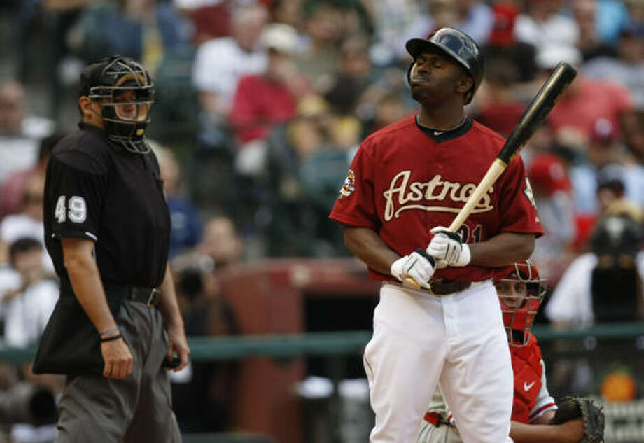 Michael Bourn and the Astros have frustrated themselves and fans with an 0-6 start to the season. Photo: Julio Cortez, Chronicle