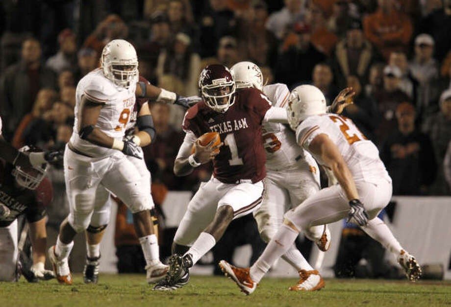 Texas and Texas A&M have played in the same conference for nearly a century, beginning in the Southwestern Conference. Photo: Chronicle File Photo