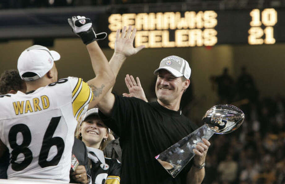 Bill Cowher, who retired in 2006 after winning the Super Bowl the previous season, is interested in a return to coaching. Photo: ELAINE THOMPSON, AP