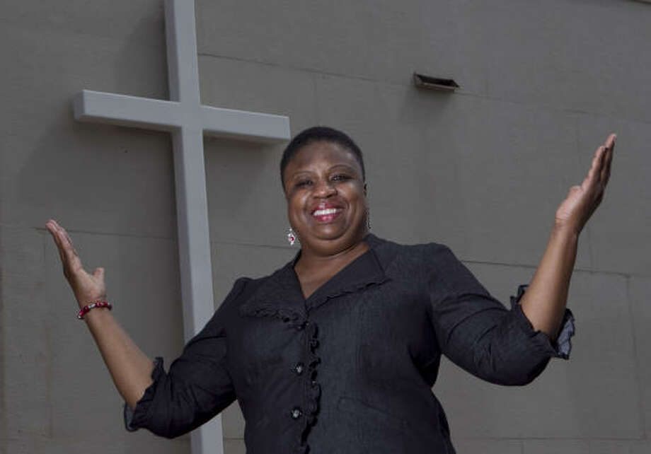 Bernice Dickey lost her parents in a car accident and later lost her husband and oldest daughter in another car accident. She has turned her grief into a healing ministry to help others. Photo: JAMES NIELSEN :, CHRONICLE