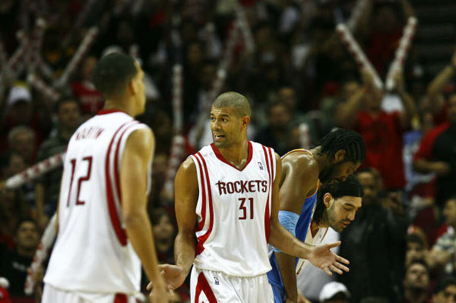 Shane Battier tested the limits of the new rule in practice against Kevin Martin. Photo: Michael Paulsen, Chronicle