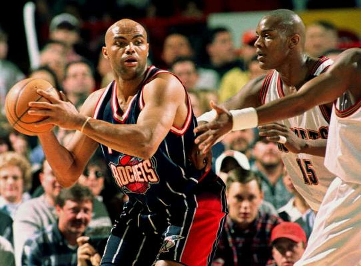 Charles Barkley battled through four seasons and posted averages of 16.5 points and 12.2 rebounds a game.