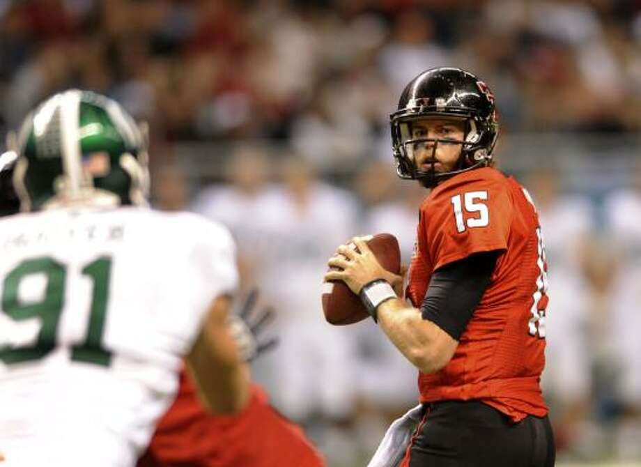 Quarterback Taylor Potts will be the starter for the Red Raiders. Photo: BILLY CALZADA, San Antonio Express-News