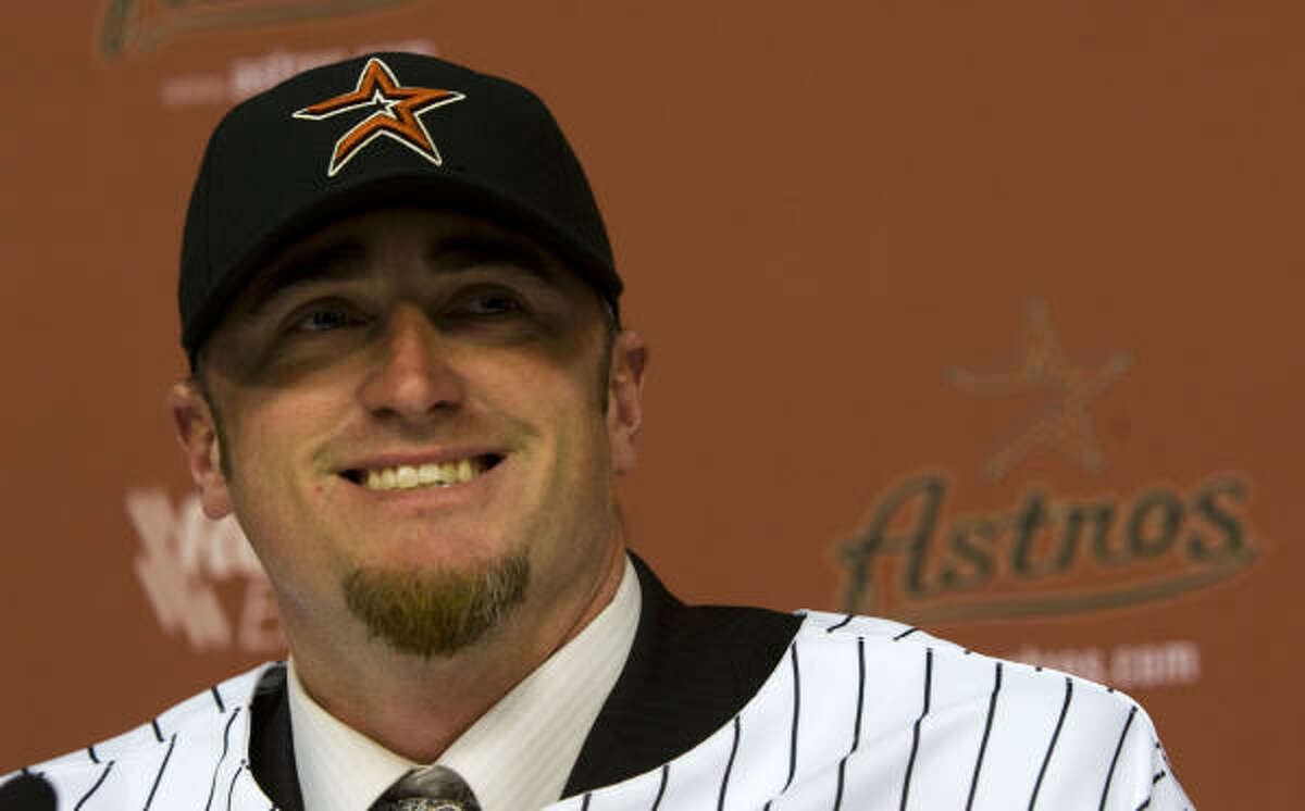 Brett Myers smiles as he is introduced as an Astro for the first time.