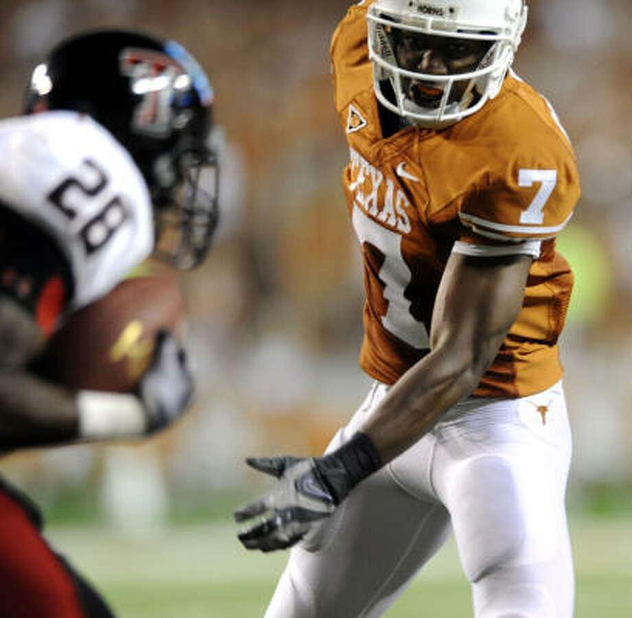 Receiver John Chiles could be a speedy target for quarterback Garrett Gilbert. Photo: BILLY CALZADA, San Antonio Express-News
