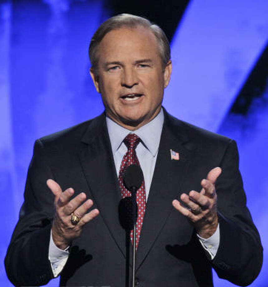 Rep. Chet Edwards, D-Texas., speaks at the Democratic National Convention in Denver, Wednesday, Aug. 27, 2008. Photo: Ron Edmonds, AP