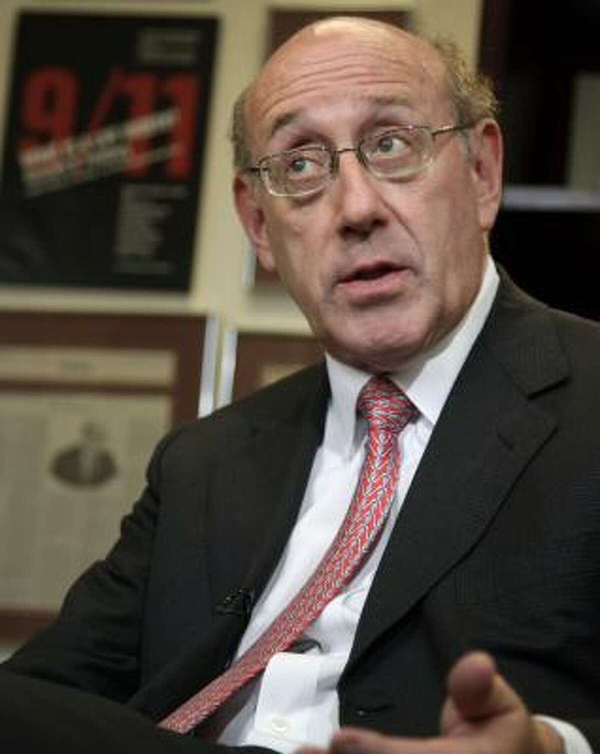 BP is paying Kenneth Feinberg's law firm, Feinberg Rozen, $850,000 a month to administer the $20 billion fund that is compensating victims of the Macondo well spill.